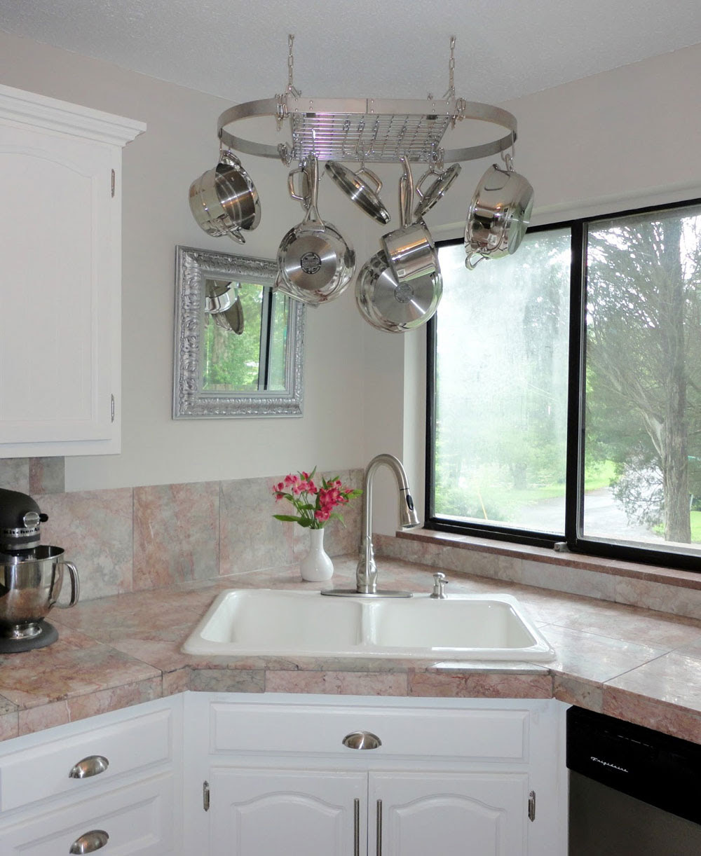 Corner Kitchen Sink Design Ideas - Interior Design on Kitchen Sink Ideas  id=70336