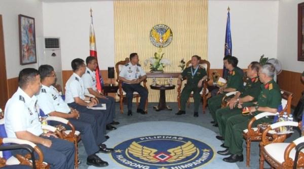 Retired Analyst: Vietnam Defense officials in Philippines