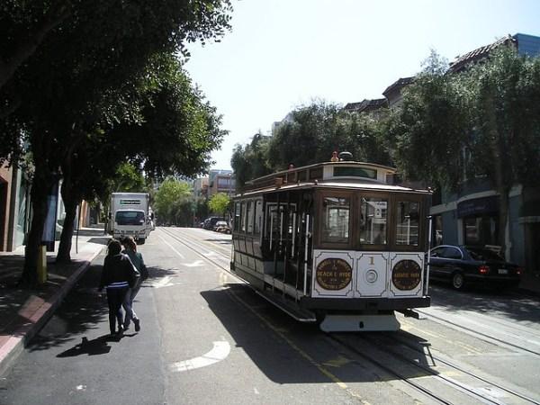 WE combat: трамваи в калифорнии фото