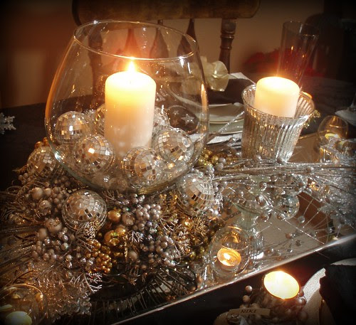 Dining Delight New Years Eve Tablescape