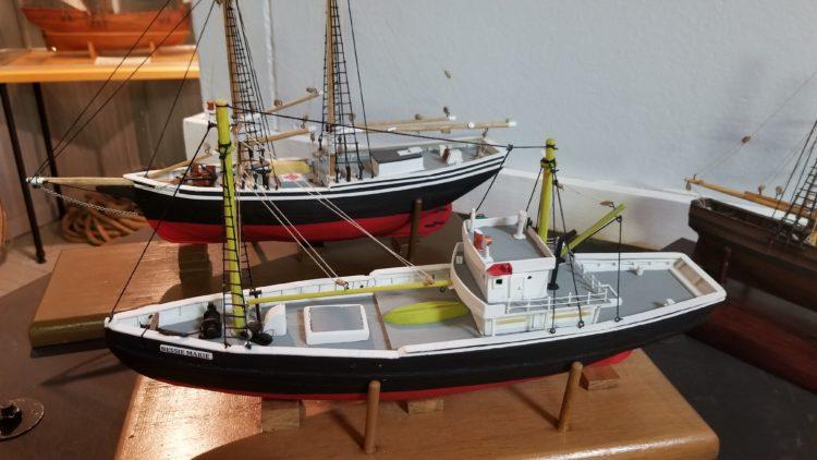 bateaux en bois
