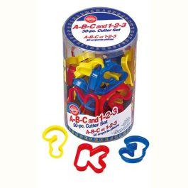 Kit emporte pièces chiffres et lettres plastique