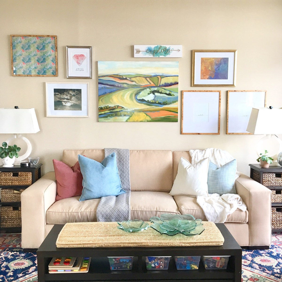 gallery-wall-art-display