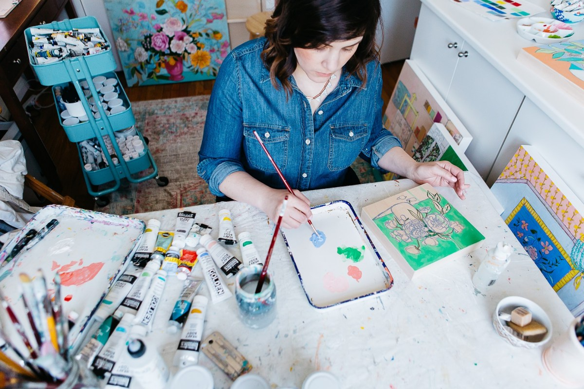 jennifer-allevato-art-studio-table