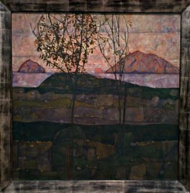 Sinking Sun, 1913