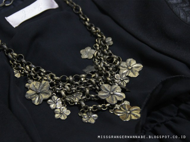 vintage-necklace-2
