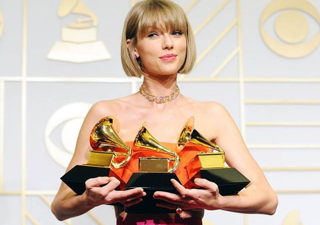 taylor-swift-grammy-2016-dress