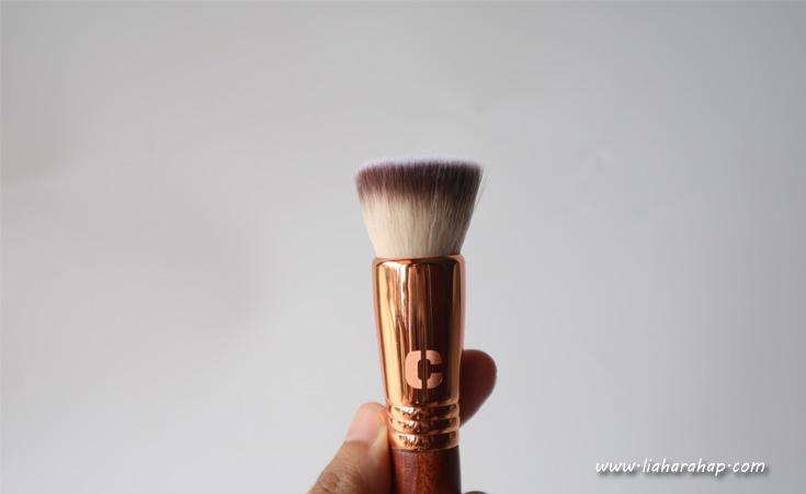 Armando Caruso Buffer Brush