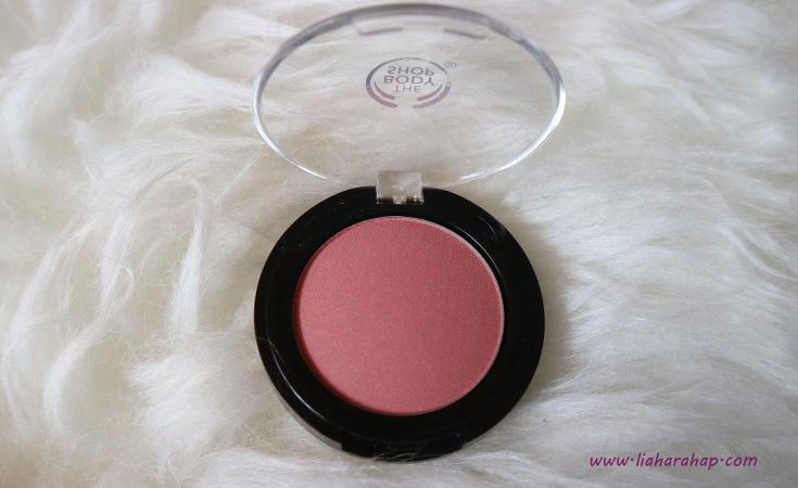 The Body Shop Makeup Blush On