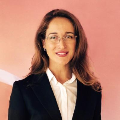 Váš lektor – Katarína Linczényiová