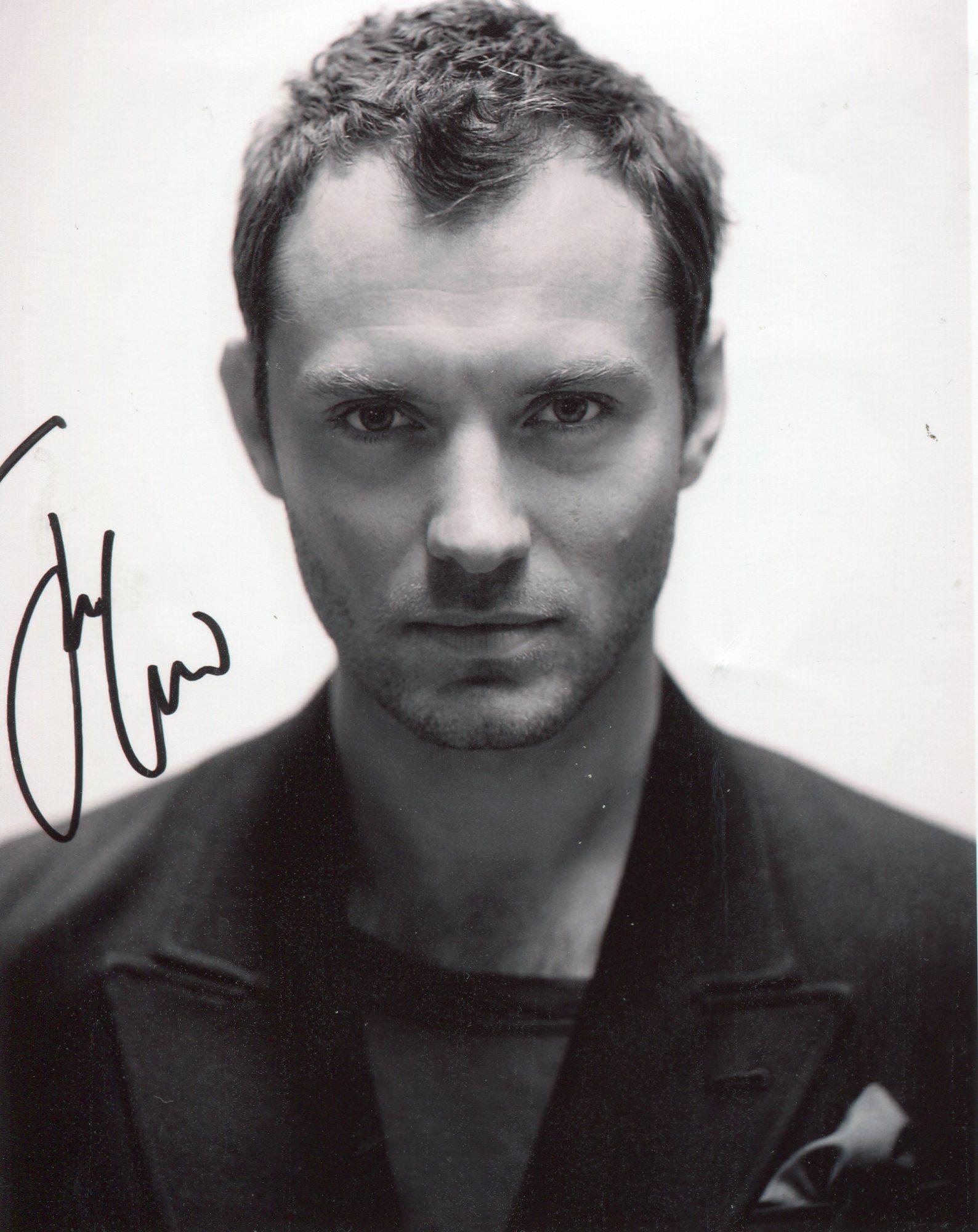 Jude Law (born 1972)