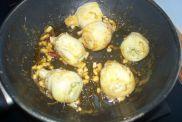 Alcachofas con gulas y gambas 012