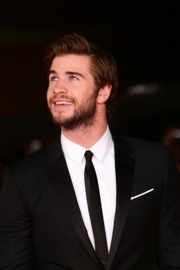 hunger+games+ragazza-di-fuoco-liam-hemsworth-red-carpet-2