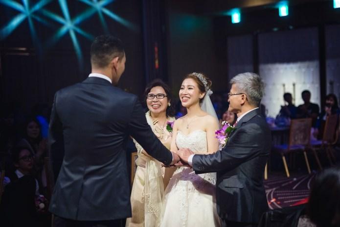 婚攝小亮 婚禮紀錄 萬華凱達 凱達婚攝 LIANGPHOTOGR