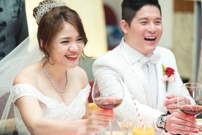 婚攝小亮 婚禮紀錄 遠企香格里拉 遠企婚攝 EASTER