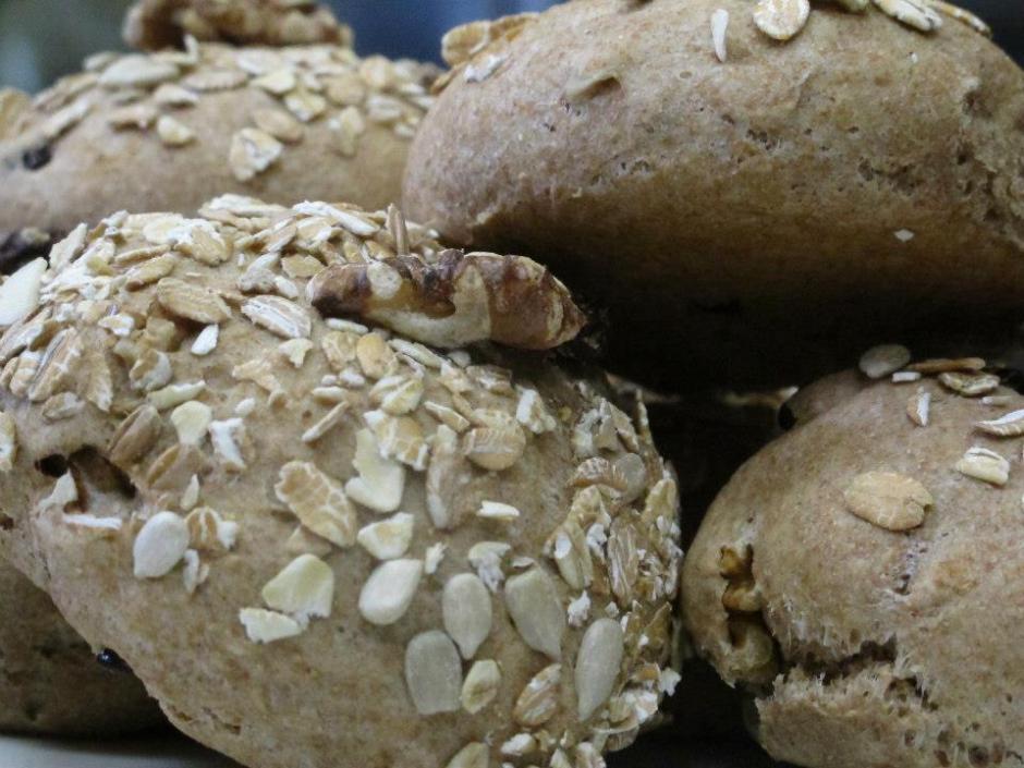 Petit chef葡萄雜糧麵包
