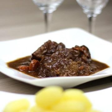傳統勃肯地紅酒牛肉