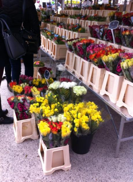 市集上的花攤