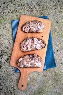 蘑菇烤麵包片Tartine aux champignons