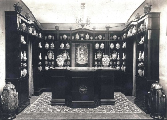 15th-century pharmacy Cantagalli II