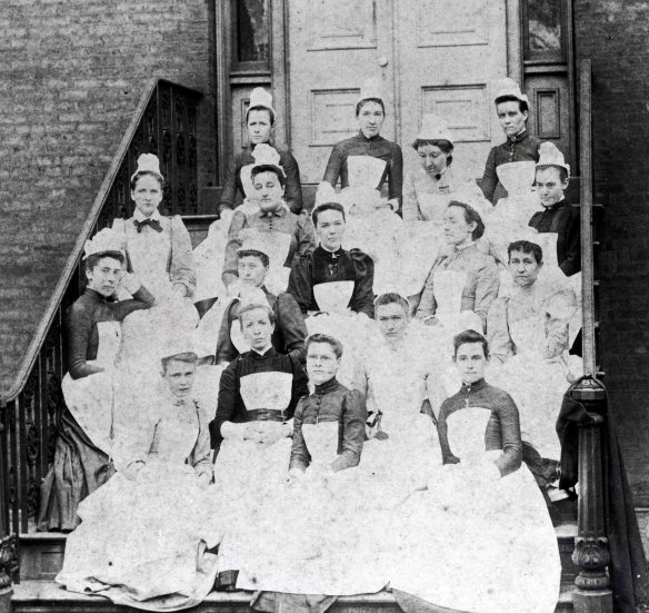 First Graduating Class of the College of Nursing.