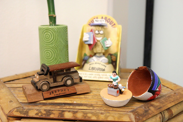 side table with trinkets