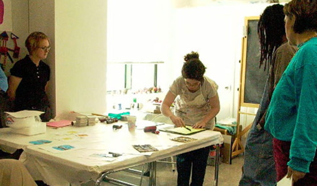 Teaching Printmaking in Grade-School Classrooms