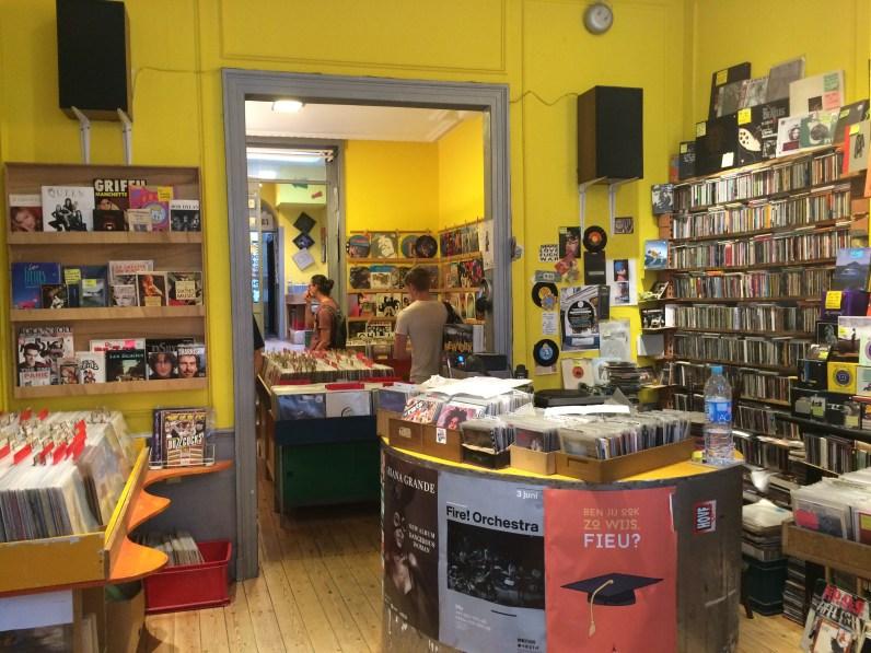 Record shop (2)