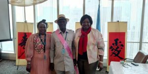 Picture news: Mulade decorated as a global peace ambassador in New York