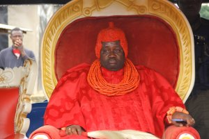 Commisioner Braboke felicitates with Ogulagha paramount ruler on 14 years coronation anniversary