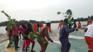 BREAKING: Protest Rocking Odidi Flow Station In Delta Over Workers Welfare – The Liberator