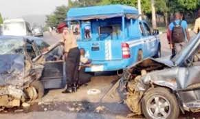 Just In: Pandemonium As Police Yahoo Boy Chase Turns Bloody In Warri, Mother, Baby Dead