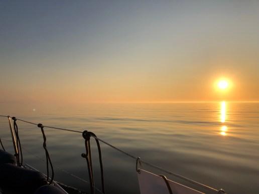 Auringonlasku matkalla Kärdlaan 2 - Liberta.fi