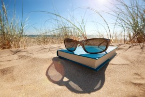 subscribers get beach reads and more