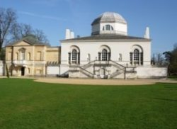 Elizabeth Rolls pic of chiswickhouse-rear