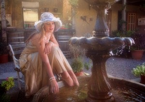 More Blondes feet in fountain