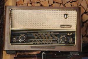 Armistice Day - old radio