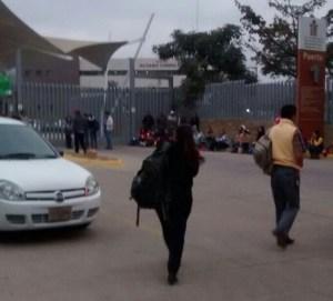 Bloquean trabajadores del Poder Judicial oficinas de gobierno