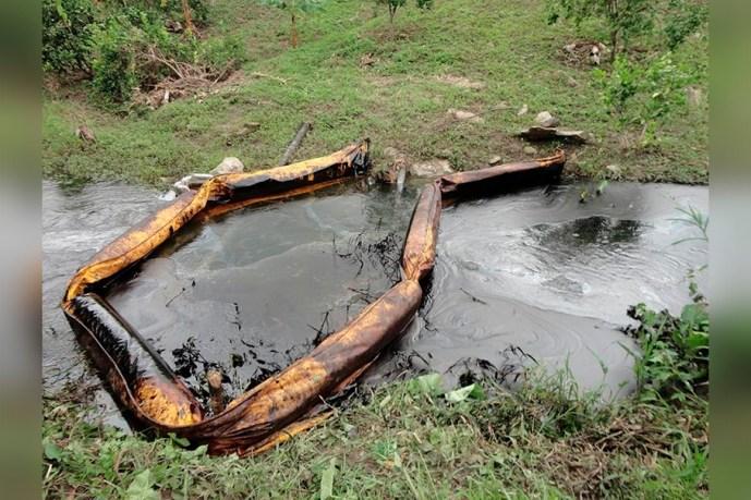 El agua de cuatro pozos profundos está contaminada por hidrocarburo