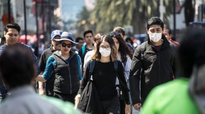 Expertos señalan que los mexicanos siguen la misma ruta de contagio