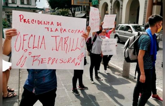 Comerciantes señalan a alcaldesa de Tlapacoyan de corrupta