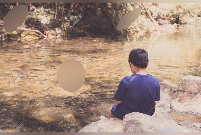 Su madre y hermano se ahogaron en un estanque