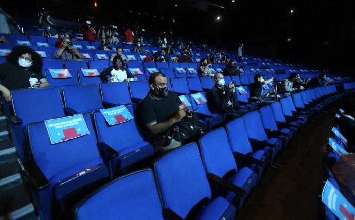 Alumnas de teatro del INBAL afirman que mantendrán el paro de actividades por presunta violencia de genero