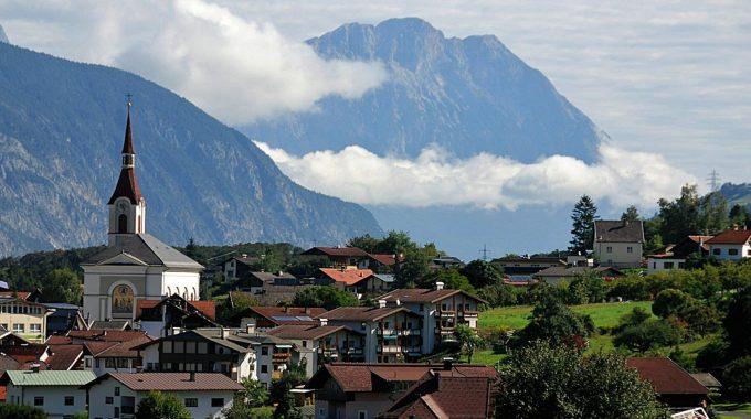 Panorama Roppen Village Mountains 161039