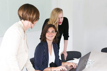 Equipe de travail de 3 femme