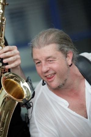 While My Sax Gently Weeps