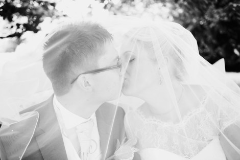 Liberty Pearl Devon wedding photographer Deer Park hotel creative colourful fun 14