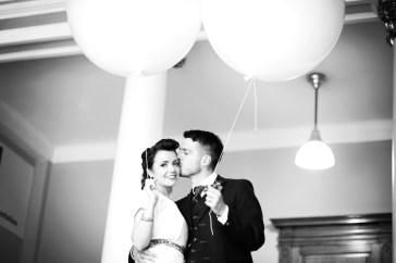 Liberty Pearl natural wedding photographer Edinburgh Scotland Summer Hall 7