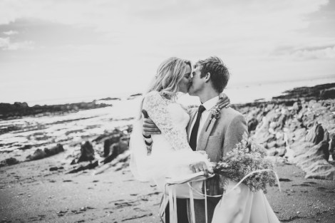 beach-elopement-wedding-devon-ayrmer-cove-liberty-pearl-photography-_023