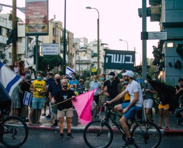 Demonstration am 10. Oktober 2020 in Tel Aviv gegen die Coronapolitik der israelischen Regierung, Foto: Jose HERNANDEZ Camera 51/Shutterstock